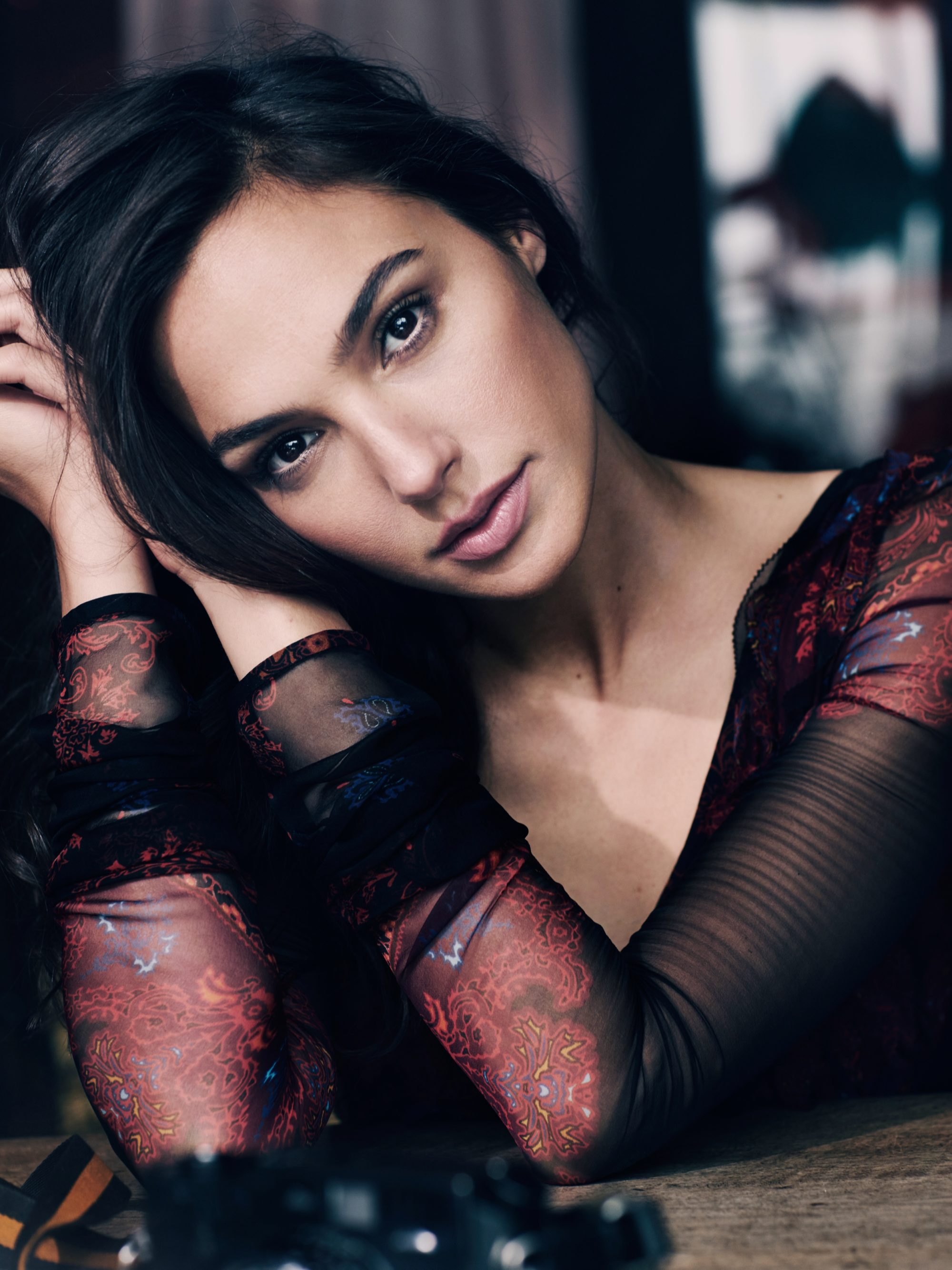 Marian Sell Vogue Russia Gal Gadot 01 A