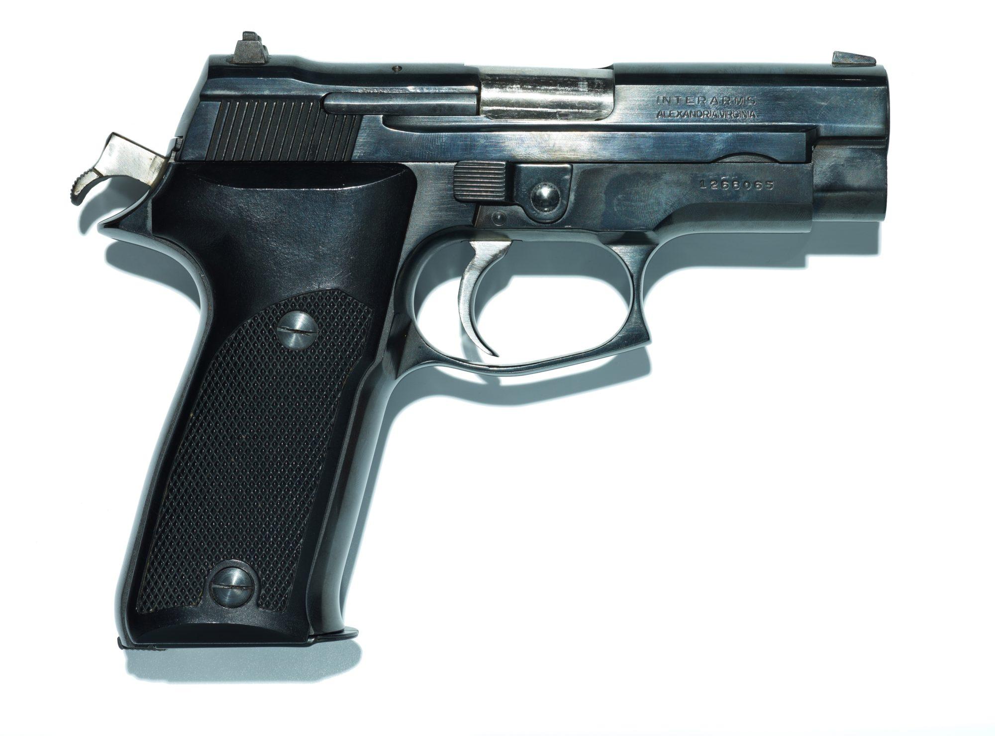 Marian Sell Gun13 1268065